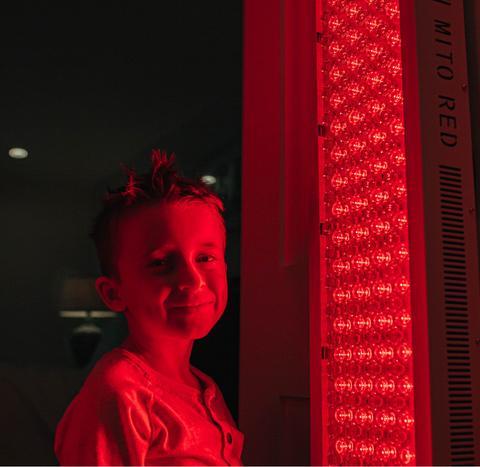 Quais são os benefícios para a saúde da terapia da luz vermelha?  Saiba porque você precisa estar incorporando esse super tratamento.  Parte DOIS ~ KellyOlexa.com 3